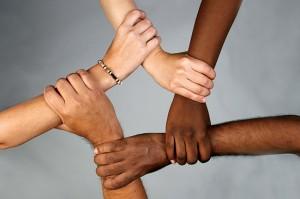 Почему разный цвет кожи у людей