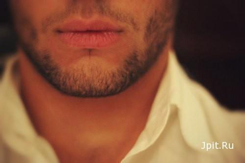 фото девушки с парнем с бородой