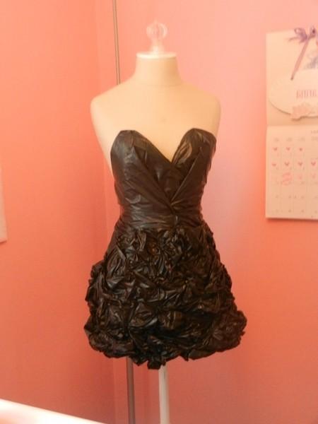 Платье из пакетов