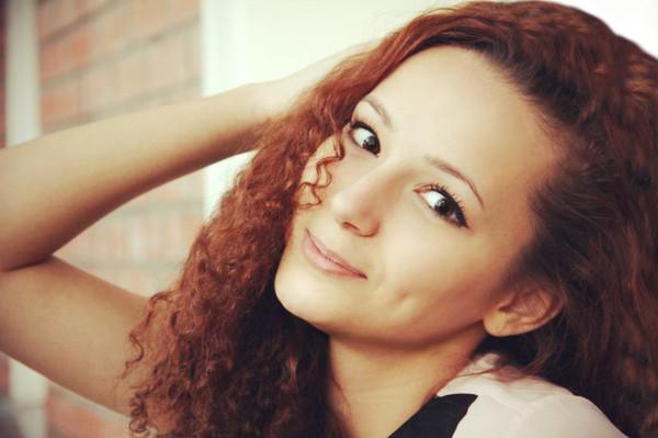Девушка на лице девушки фото 182-953