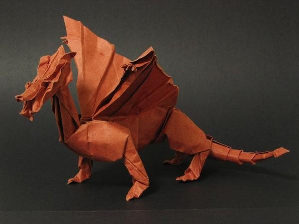 Дракон – двуцветная модель
