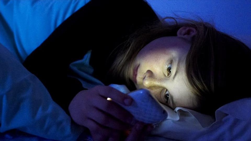 девушкам стоит к чему снится смотреть фотографии в телефоне так рассмотрим