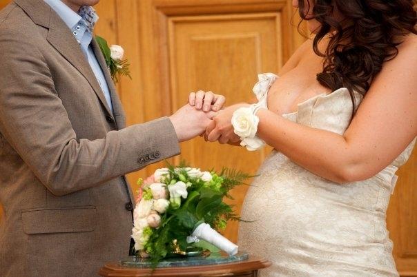 Женился на телочке и каждый день ее