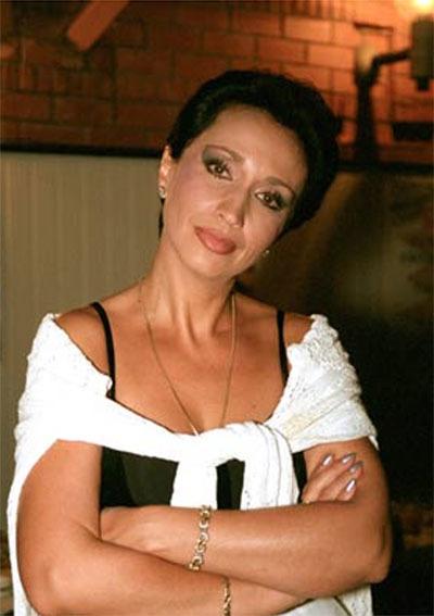 Ирина Аллегрова в откровенном наряде (5 фото)