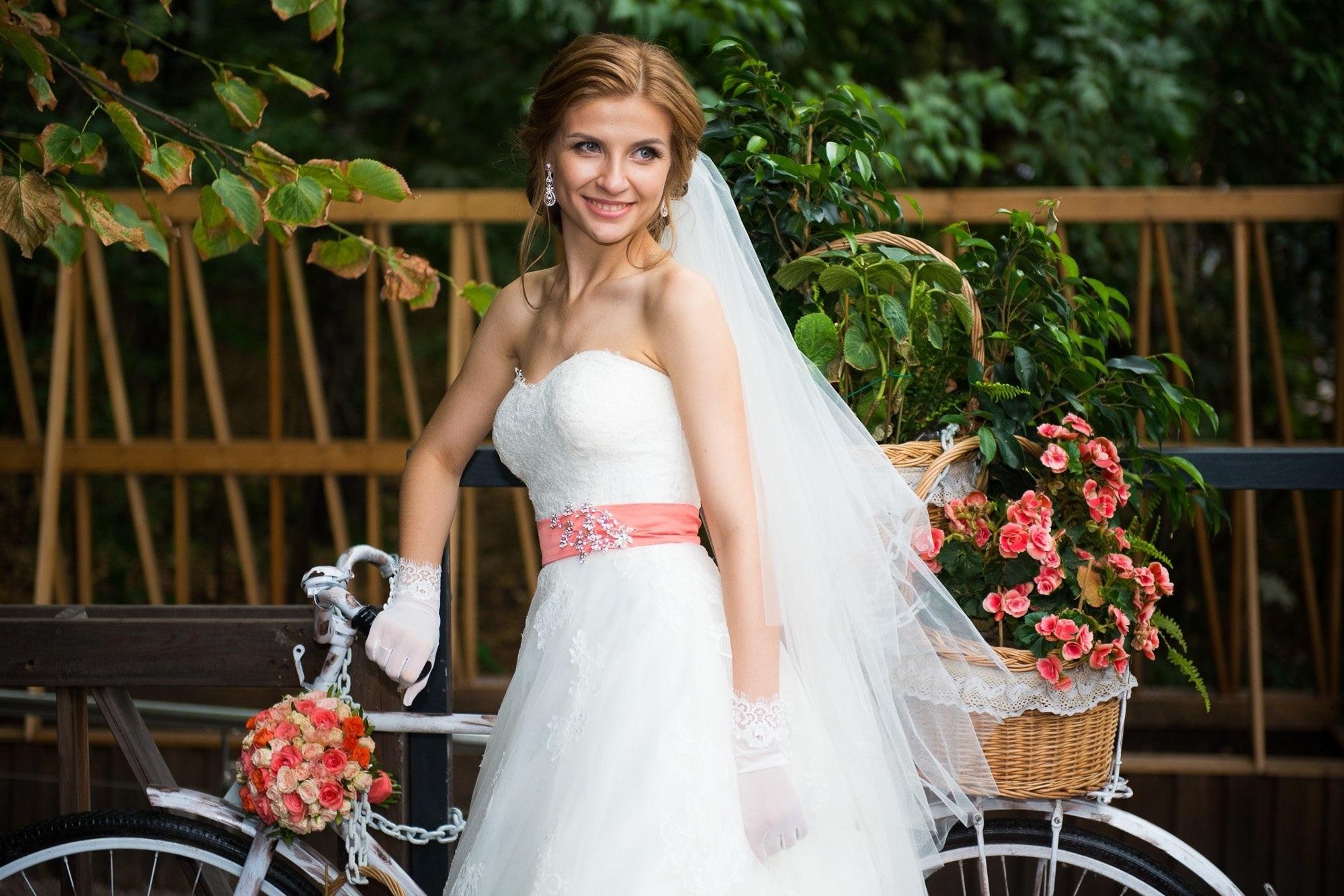 Свадебные фотографы надым подал заявление