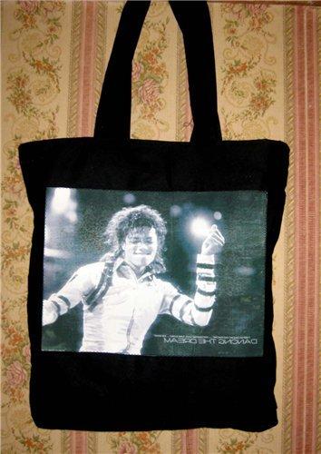 Значки Майкл Джексон купить в Москве на Avito