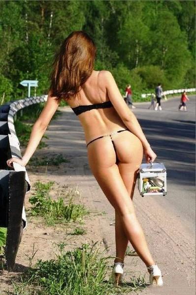девки на улице жара