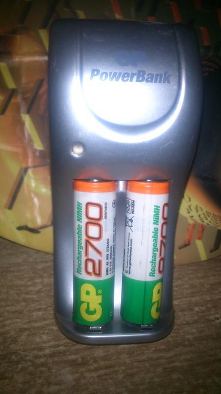 связи мигает лампочка зарядки аккумулятора шуруповерта нужный филиал его