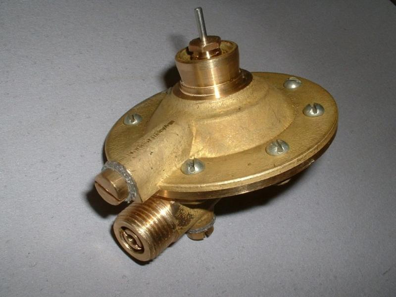 регулятор давления газа для колонки