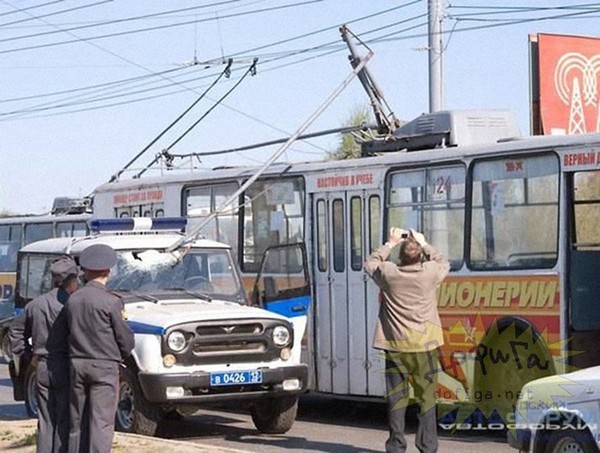 Смешные картинки с троллейбусом