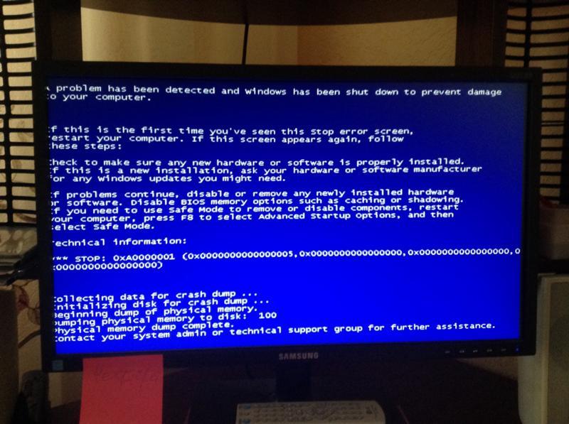 современное компьютер выдает ошибку синий экран носим непрозрачные