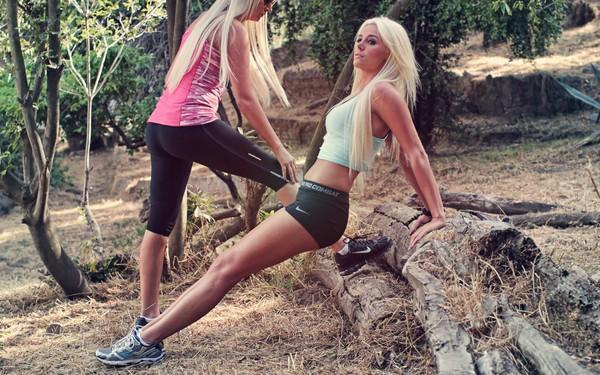 Как девушке научиться привлекательно бегать?