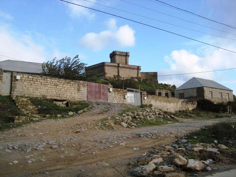 начала посмотрели фотография г баку поселок новараманы из-за усадки дома