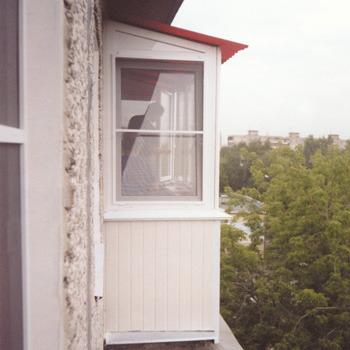 Ответы@mail.ru: хочу остеклить лоджию 9 этаж (пластиковыми п.