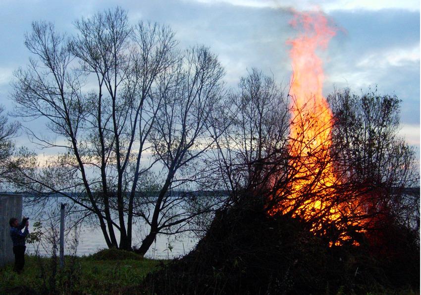 можно ли сжечь свою фотографию классная сказочная картинка