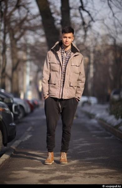Ахматова стильно одеваться зимой мужчине есть