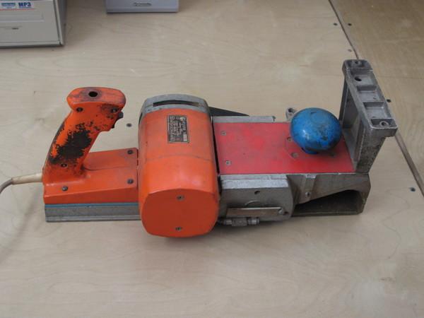 электрорубанок иэ-5708 инструкция
