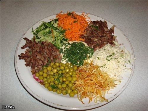 Салат с жареной картошкой и корейской морковью