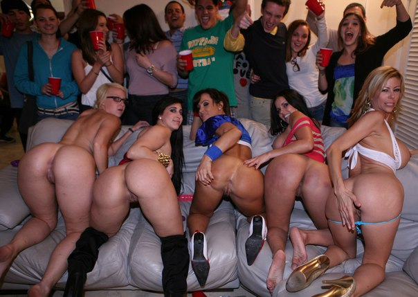 Young teens showing pussies