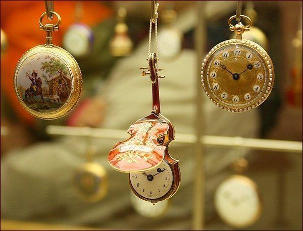 Салоны швейцарских часов в вене