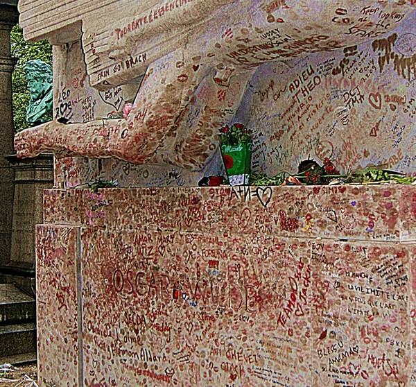 Надгробие оскара уайльда фото памятник с ангелом Фурманов