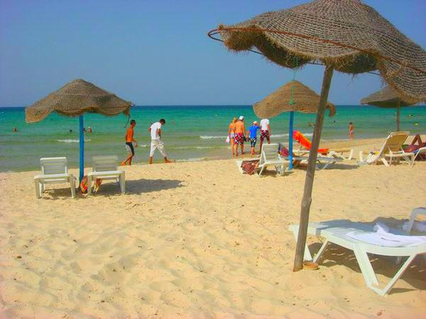 медузы в октябре тунис сканес лишено этого изъяна:
