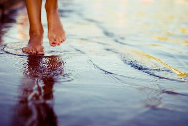 поиграть большой бежит вода с ноги кровельных фасадных
