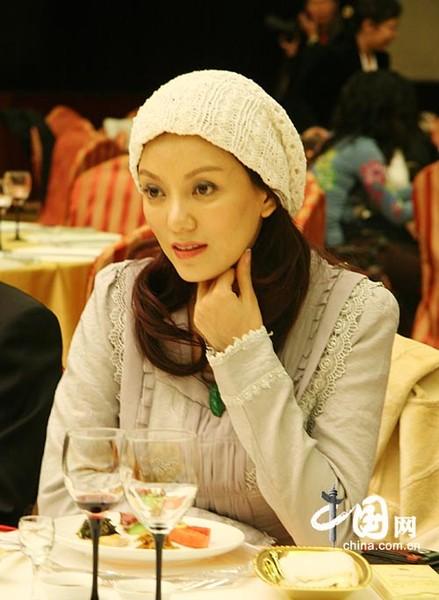 Китаянка и европейка фото 520-449