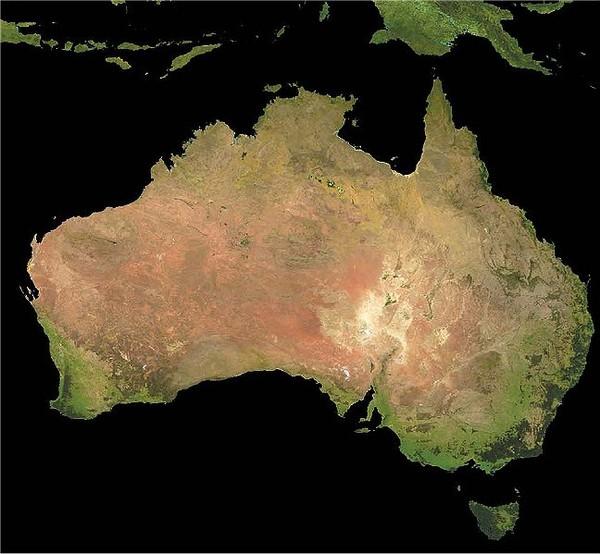 Определить название страны занимающей целиком материк