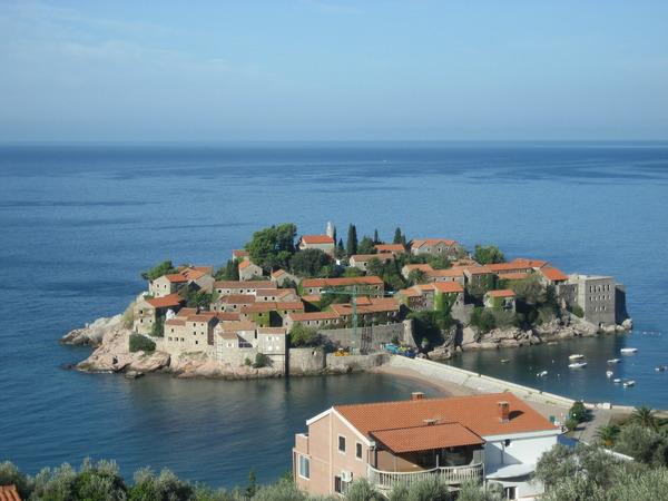 Где лучше в черногории или в хорватии