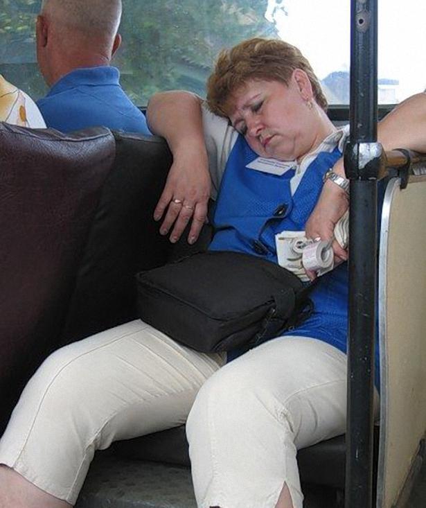 смешные фотографии водителей спящих полках