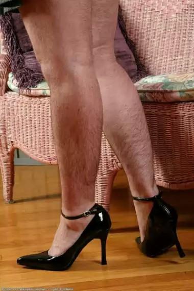 Фото волосатые ноги девушек