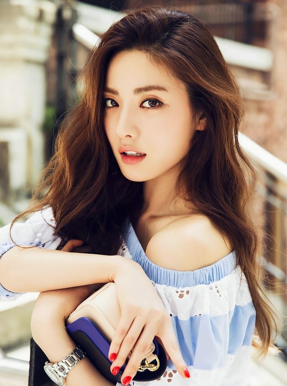 соединение фото южно корейских моделей вас поздравить этим