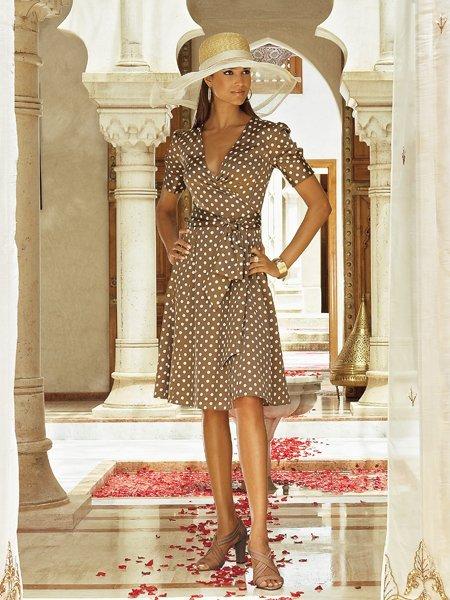 Платье в горошек из красотки сшить