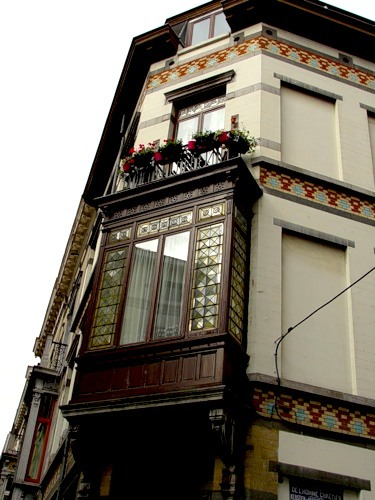 Ответы@mail.ru: как в архитектуре называется псевдо-балкон?.