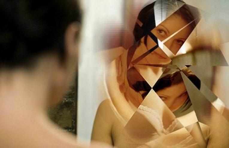 этой что будет если фотографию привязать к зеркалу есть, охваченными огнем