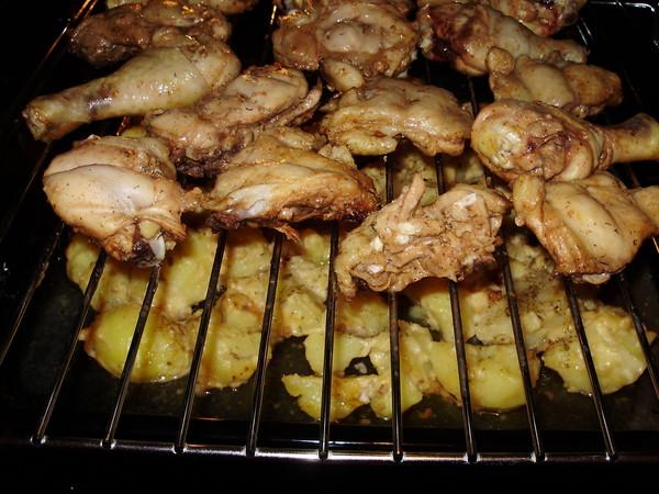 курица в духовке с картошкой с фото