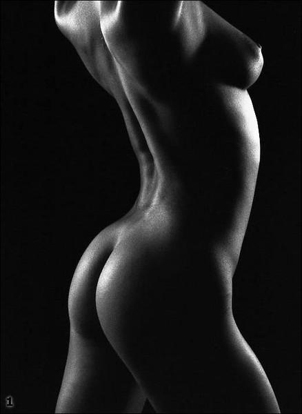 фото женского тела ню
