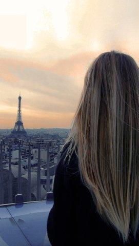 Фото девушек со светлыми волосами со спины