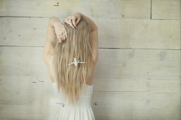 Фото девушек со светлыми волосами сзади
