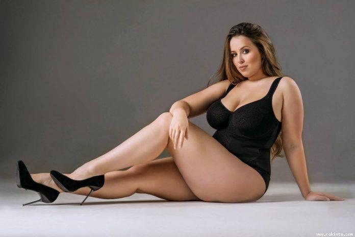 hot sexy dark pussy upskirt