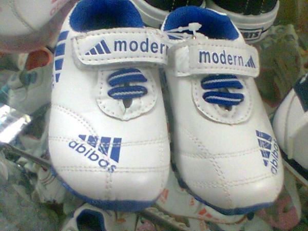 Купить мужские кроссовки adidas Originals в интернет