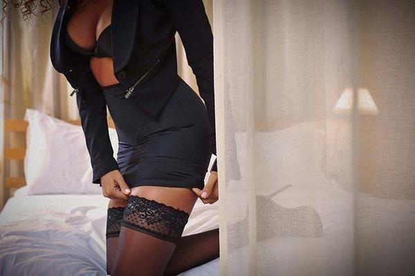 Проститутка с короткой стрижкой