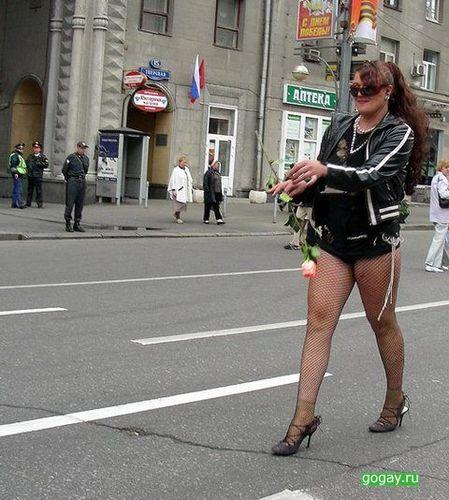 Подглядывание за русскими девушками на улице каждой