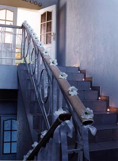 Как красиво украсить подъезд на свадьбу фото