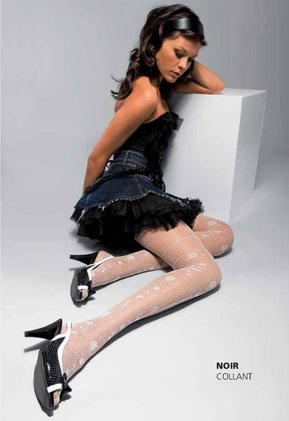 Анастасия заворотнюк в мини юбке на каблуках