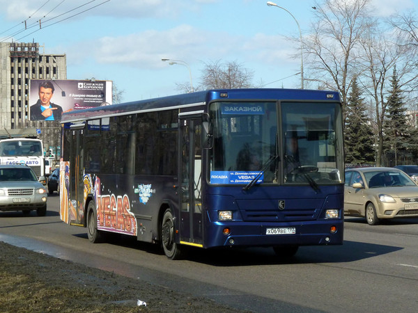 отметить, что где едет автобус 55 талант поражает, красота
