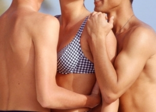 Обучают групповому сексу думаю