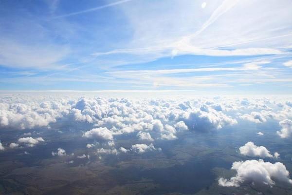 хотя картинки неба с высоты птичьего полета имеет блокировку