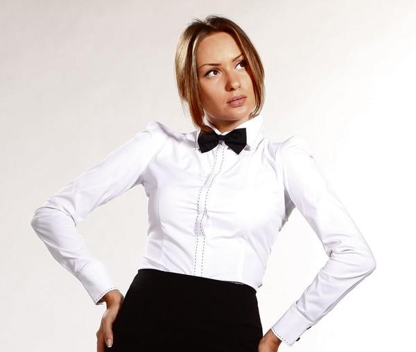 Телка в белой блузке фото 532-332